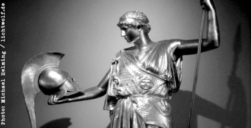 Helming: Athene